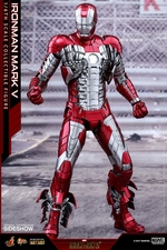 Фигурка Железный человек, доспехи номер V Hot Toys Марвел фотография-04.jpg