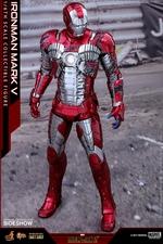 Фигурка Железный человек, доспехи номер V Hot Toys Марвел фотография-05.jpg