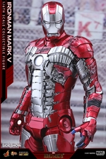 Фигурка Железный человек, доспехи номер V Hot Toys Марвел фотография-10.jpg
