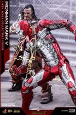 Фигурка Железный человек, доспехи номер V Hot Toys Марвел фотография-13.jpg