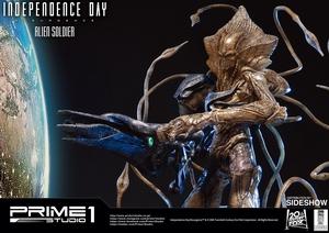 Фигурка из искусственного камня Инопланетный солдат Prime 1 Studio Independence Day: Resurgence фотография-19.jpg