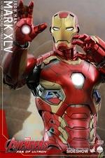 Фигурки в масштабе 1:4 Железный человек Марк XLV Hot Toys Марвел фотография-10.jpg