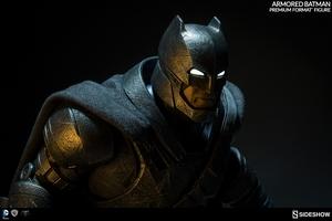 Коллекционная фигурка Бронированный Бэтмен Sideshow Collectibles ДС комикс фотография-02.jpg