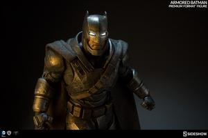 Коллекционная фигурка Бронированный Бэтмен Sideshow Collectibles ДС комикс фотография-09.jpg