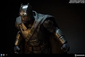 Коллекционная фигурка Бронированный Бэтмен Sideshow Collectibles ДС комикс фотография-15.jpg