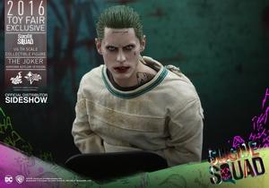 Фигурка Джокер (версия в смирительной рубашке) Hot Toys ДС комикс фотография-09.jpg