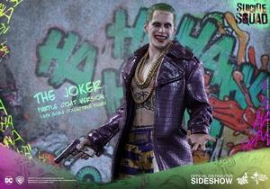 Фигурка Джокер версия в фиолетовом пальто Hot Toys ДС комикс фотография-03.jpg