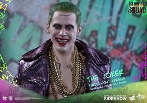 Фигурка Джокер версия в фиолетовом пальто Hot Toys ДС комикс фотография-05.jpg