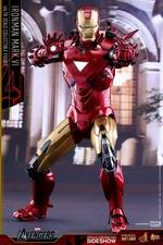 Фигурка Железный человек доспехи номер VI Hot Toys Марвел фотография-06.jpg