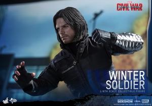 Фигурка Зимний солдат (звездные войны) Hot Toys Марвел фотография-06.jpg