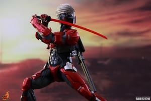 Фигурка Raiden (версия брони ада) Hot Toys Metal Gear фотография-04.jpg