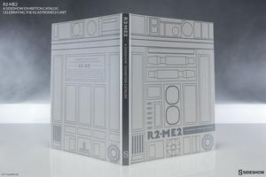 Книга R2-ME2 Каталог выставки Sideshow Sideshow Collectibles Звездные войны фотография-02.jpg