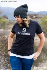 Одежда Футболка с логотипом Sideshow S Sideshow Collectibles Сайдшоутойс, сайдшоу колектиблс фотография-04.jpg