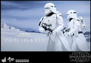 Фигурка Первый заказ Snowtrooper Hot Toys Звездные войны фотография-05.jpg