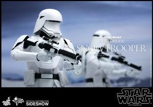 Фигурка Первый заказ Snowtrooper Hot Toys Звездные войны фотография-06.jpg