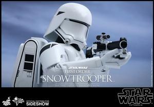 Фигурка Первый заказ Snowtrooper Hot Toys Звездные войны фотография-09.jpg