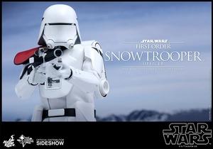 Фигурка Сначала закажите чиновнику Snowtrooper Hot Toys Звездные войны фотография-08.jpg