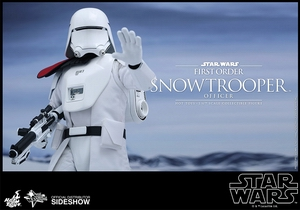 Фигурка Сначала закажите чиновнику Snowtrooper Hot Toys Звездные войны фотография-09.jpg