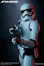 Коллекционная фигурка Штурмовик Первого ордена Sideshow Collectibles Звездные войны фотография-04.jpg