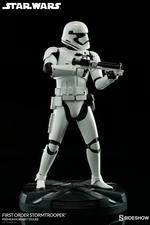 Коллекционная фигурка Штурмовик Первого ордена Sideshow Collectibles Звездные войны фотография-06.jpg