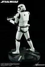 Коллекционная фигурка Штурмовик Первого ордена Sideshow Collectibles Звездные войны фотография-07.jpg
