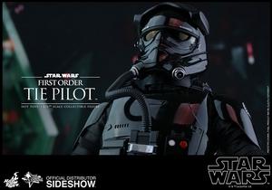 Фигурка Первый пилот СВЯЗИ заказа Hot Toys Звездные войны фотография-12.jpg
