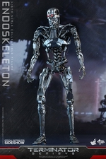 Фигурка Эндоскелет (робот солдат из Терминатора) Hot Toys Терминатор фотография-02.jpg